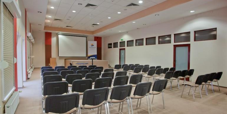 sala konferencyjna - ustawienie kinowe-kopia